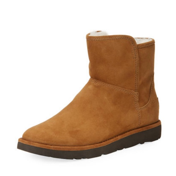 7579986280eac UGG Abree Mini Classic Luxe Boot Size 8 NWB